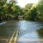 DuPage River flooding closes roads in Warrenville
