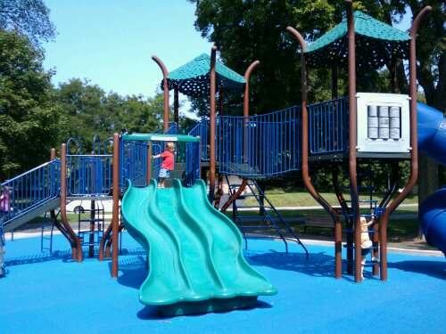 kelly park wheaton playground safe kids fun